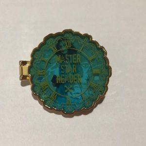 Master Star Reader Disney Pin